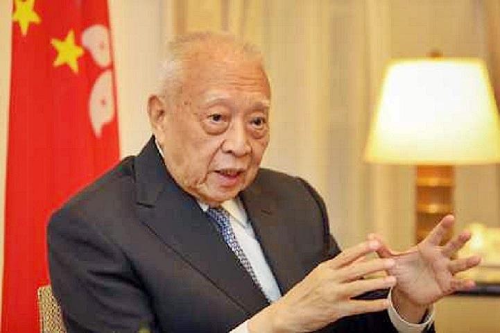 董建華表示,事件平息後要加強年輕人國家觀念。資料圖片