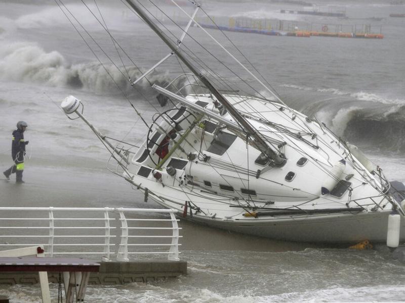 「塔巴」掠過南韓南部, 致26人受傷。AP