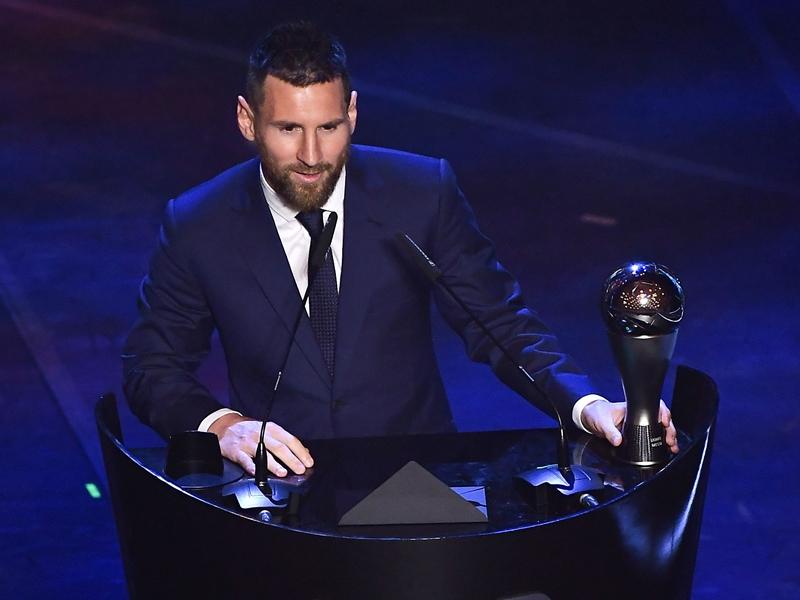 美斯六度榮膺世界足球先生。