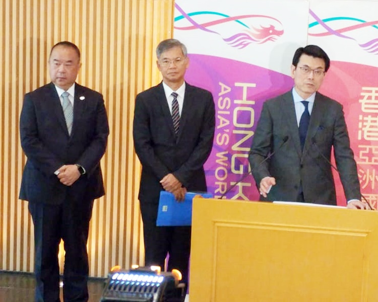 余鵬春(左)預計計畫支援1萬人。