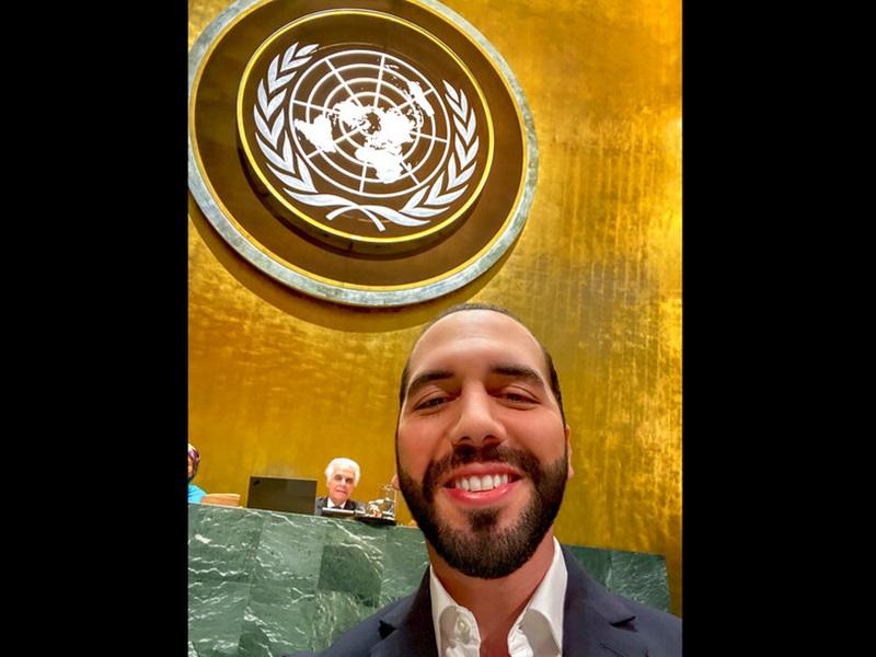 薩爾瓦多總統在聯合國大會selfie。AP