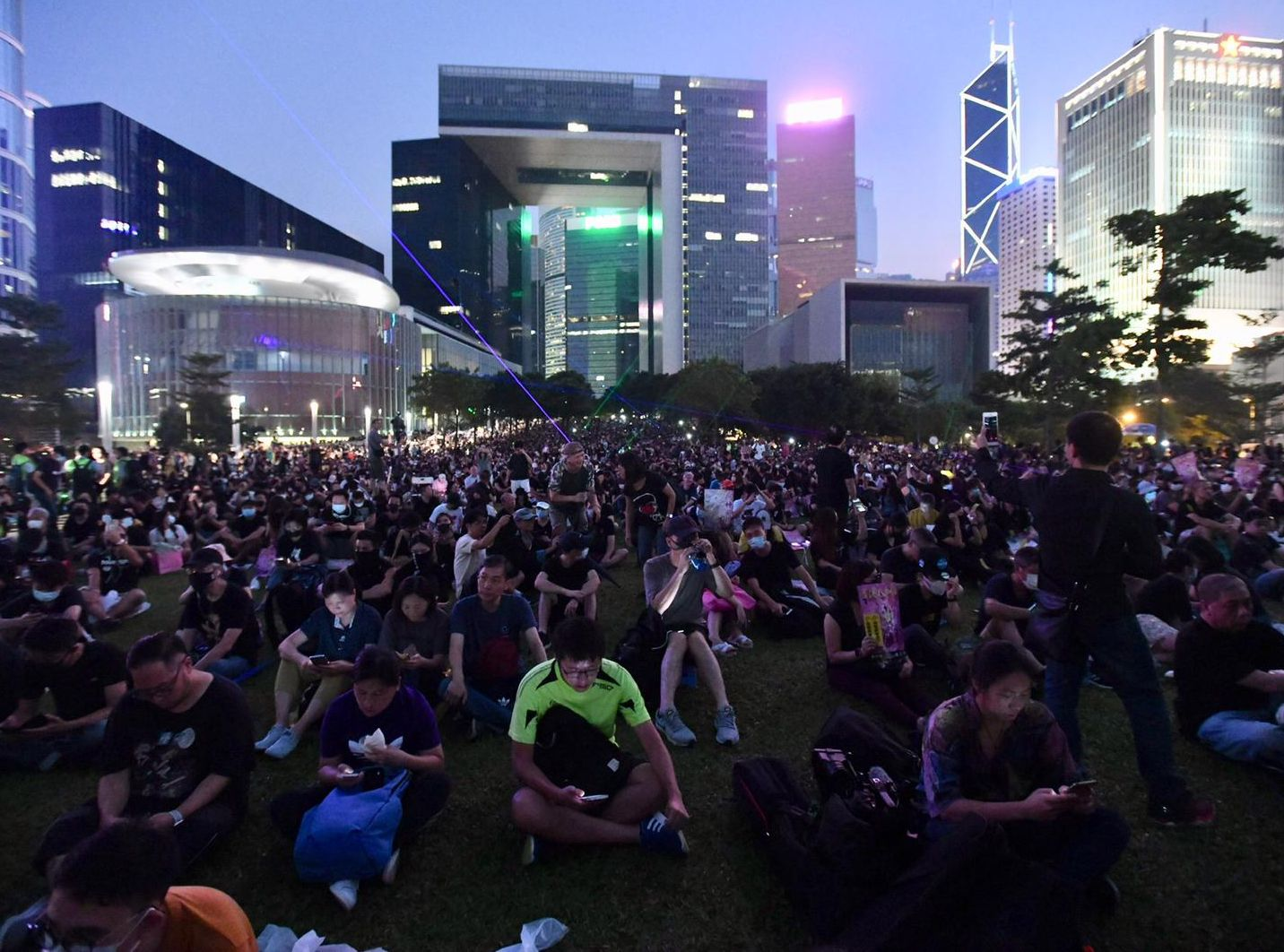 【修例風波】民陣:添馬公園集會提早結束 料20至30萬人參與