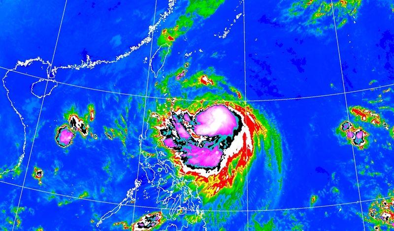 台灣發布陸上警報。 台灣中央氣象局圖片