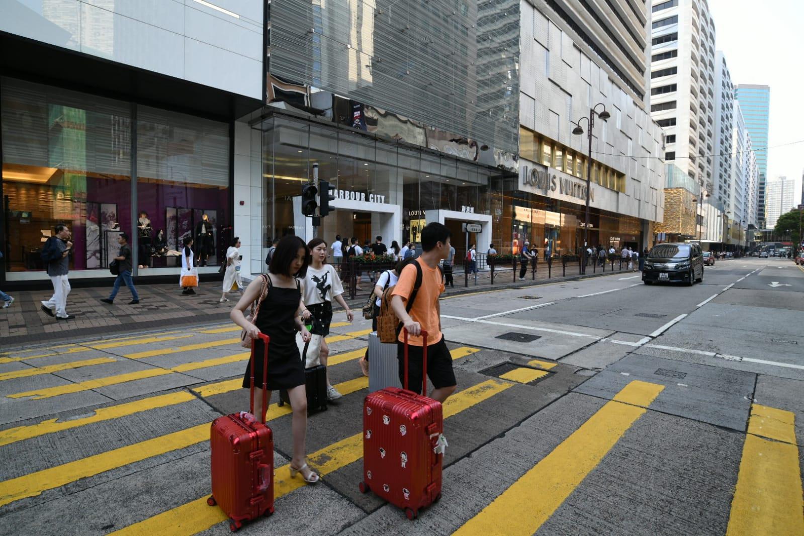 受示威活動影響,旅客行程亦受阻。