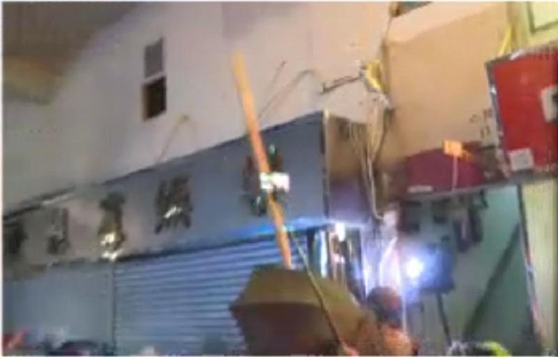 麻雀館遭示威者破壞。NOW新聞截圖