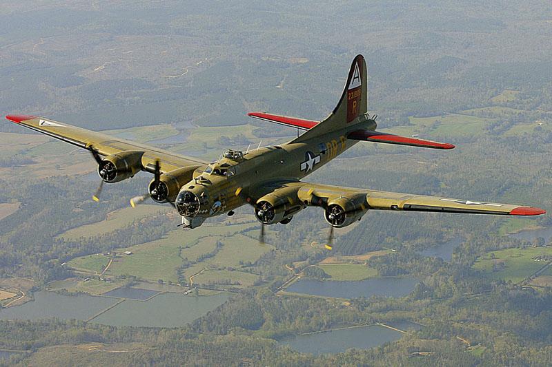B-17轟炸機,是美國波音在1930年代為美國陸軍航空軍所發展的的四引擎重型轟炸機。AP