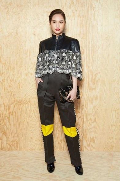 楊丞琳的帥氣打扮,跟以往頗為不同。(微博圖片)