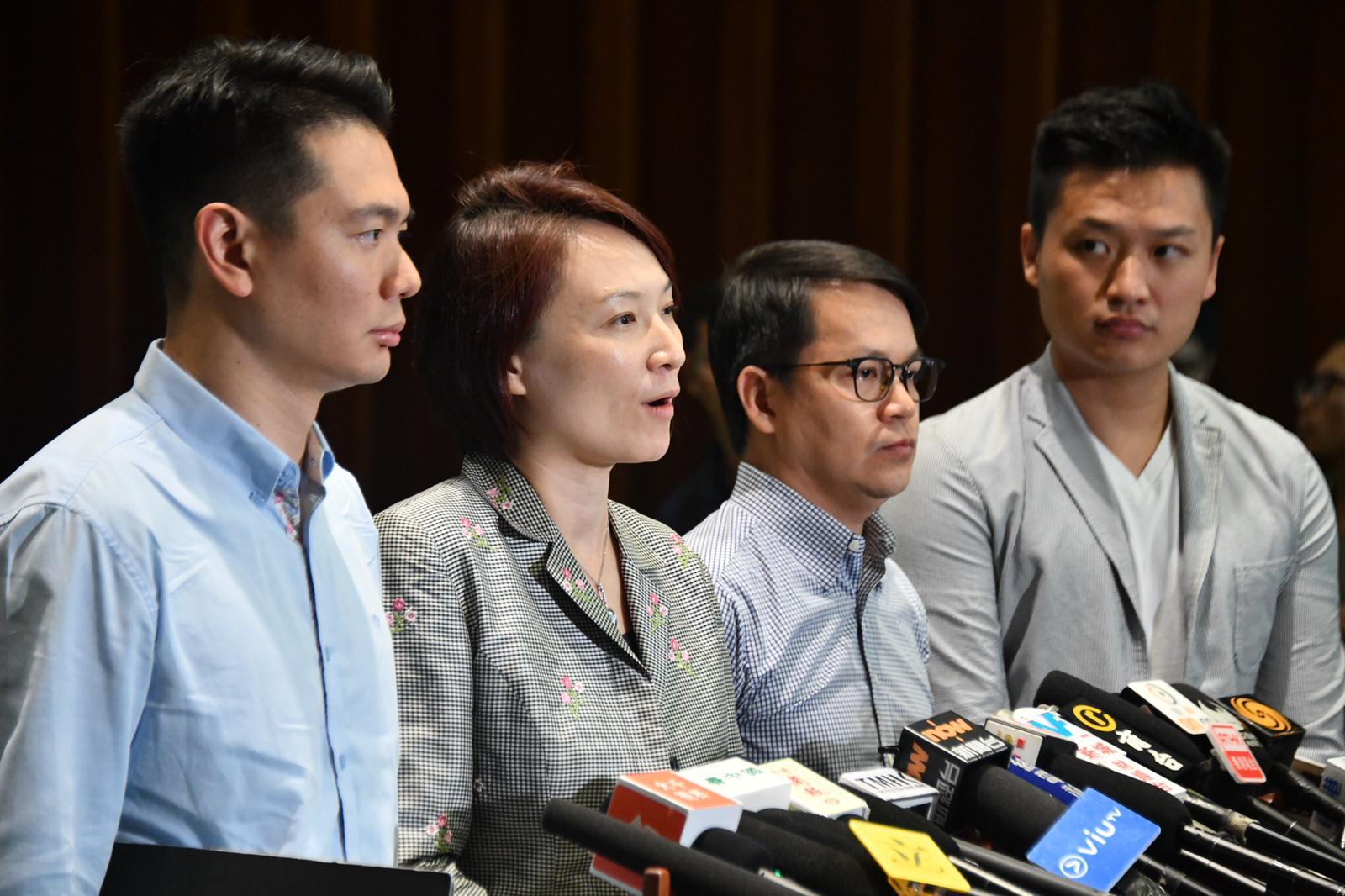 民建聯籲支持者冷靜讓議會盡快恢復運作。