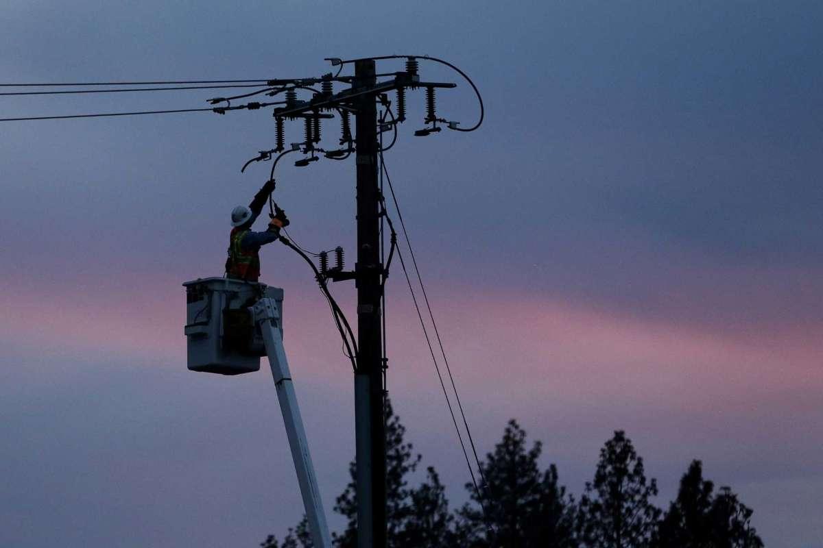 去年11月在加州北部發生的奪走85人性命的森林大火,是太平洋煤氣和電力公司輸電線造成的。 AP