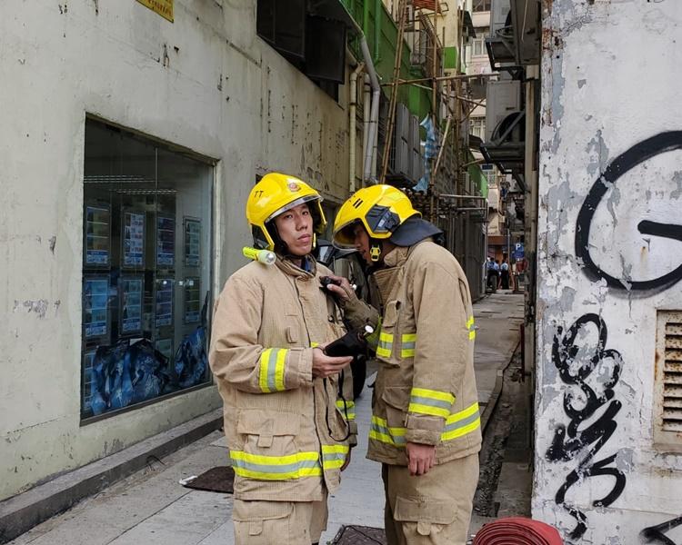 消防到場檢查。歐陽偉光攝