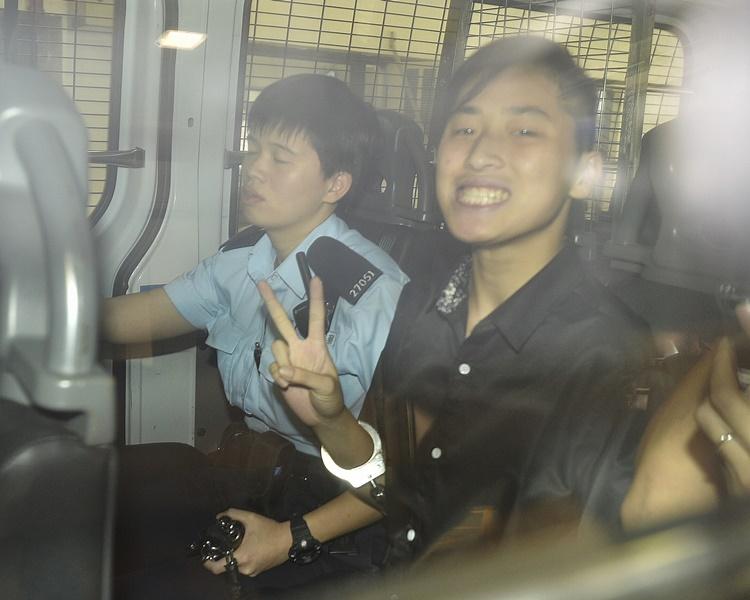 畢慧芬否認兩項參與暴動罪受審。