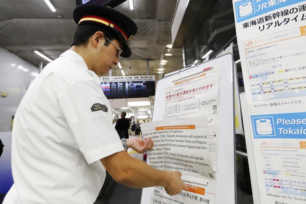海貝思逐步迫近日本。AP圖片