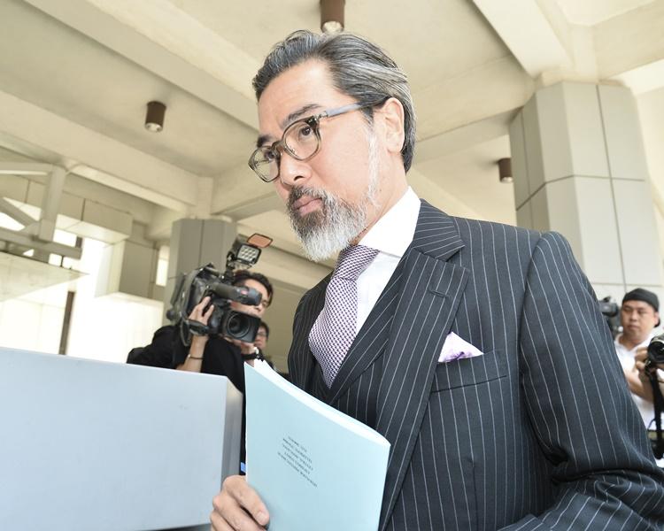 蔡維邦辭去大律師公會職務。