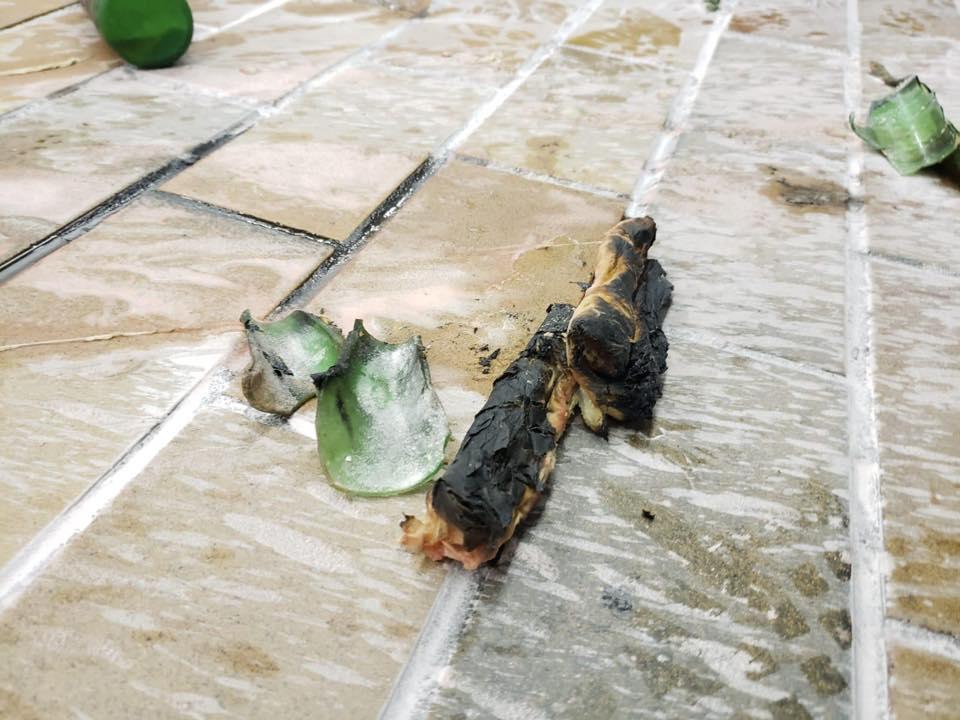 現場遺下布碎。香港警察圖片