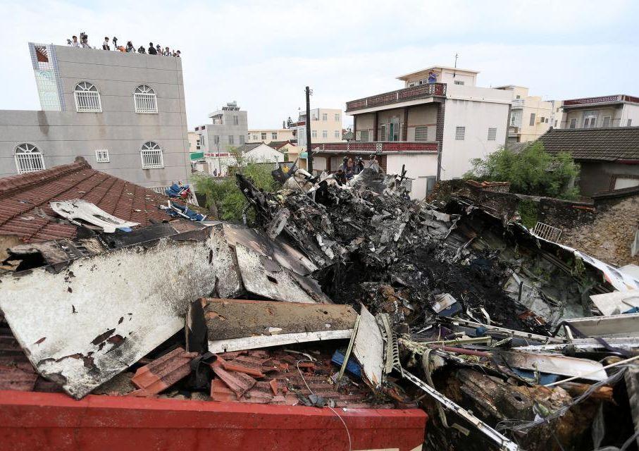 台灣5年前發生的復興航空澎湖空難,共造成49人罹難、10人受傷。