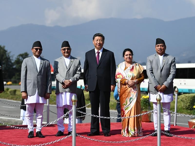 中國元首時隔二十三年再次訪問尼泊爾,兩國宣布建立中尼面向發展與繁榮的世代友好的戰略合作夥伴關係。