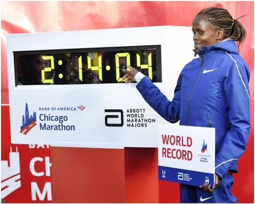 芝加哥馬拉松 高絲姬2小時14分04秒破女子世績