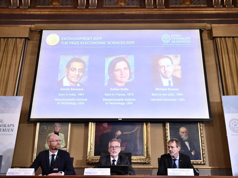 致力對抗全球脫貧問題, 美法印三學者奪得諾貝爾經濟學獎。AP