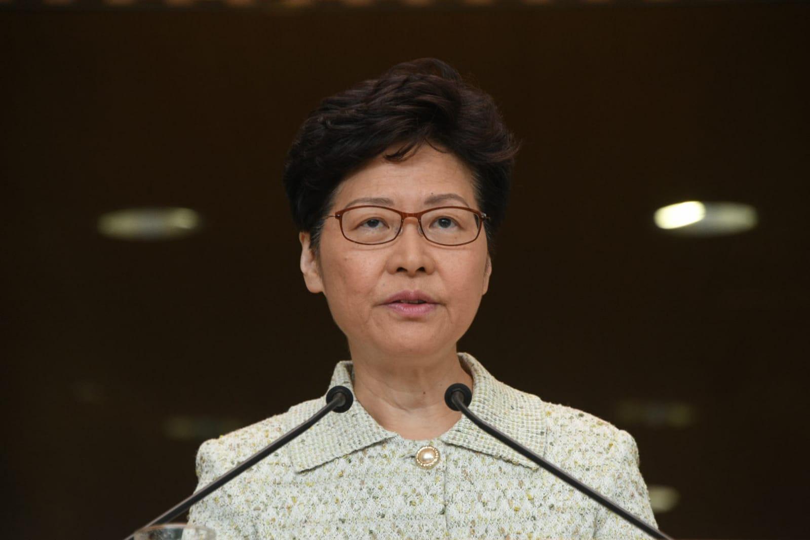 林鄭月娥批評暴力升級促支持執法機關。