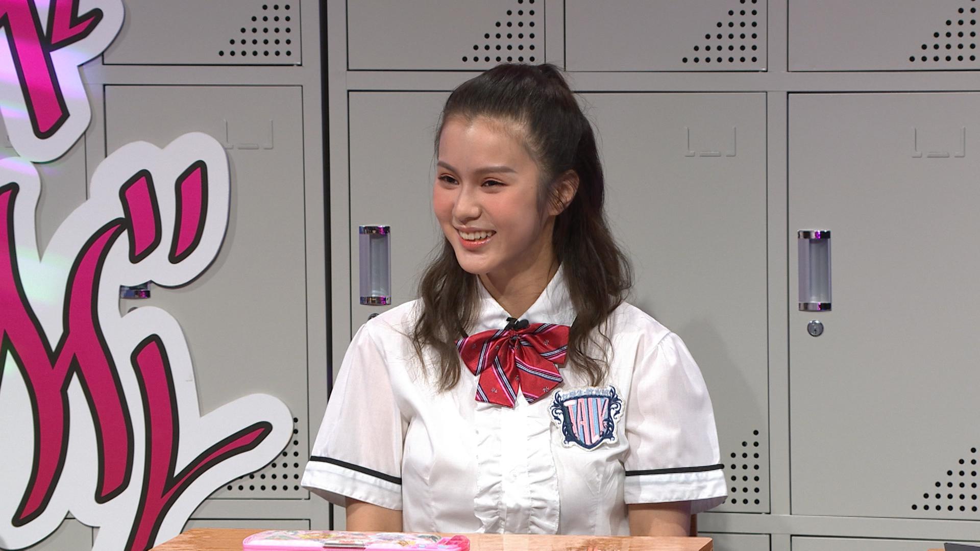 ViuTV節目《晚吹-女學生‧吹水班》請來鄧月平擔任嘉賓。