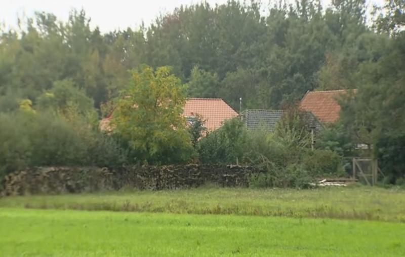 荷蘭發現一個「隱世家庭」一家六口九年來與世隔絕,傳媒形容有如「等待末日」。AP