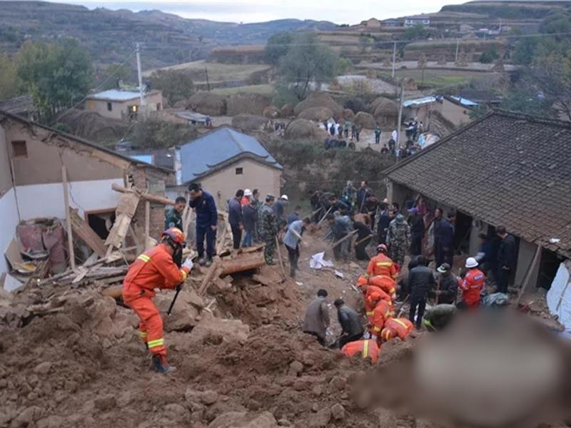 甘肅發生山泥傾瀉,造成農戶住房3間房屋倒塌。 網圖