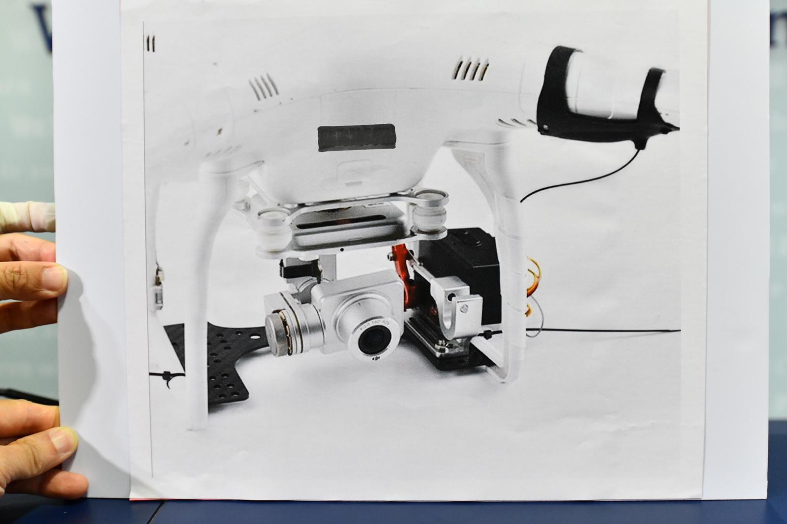 搗「軍火庫」檢無人機及投擲器 警方:可空投物品或致重大傷亡