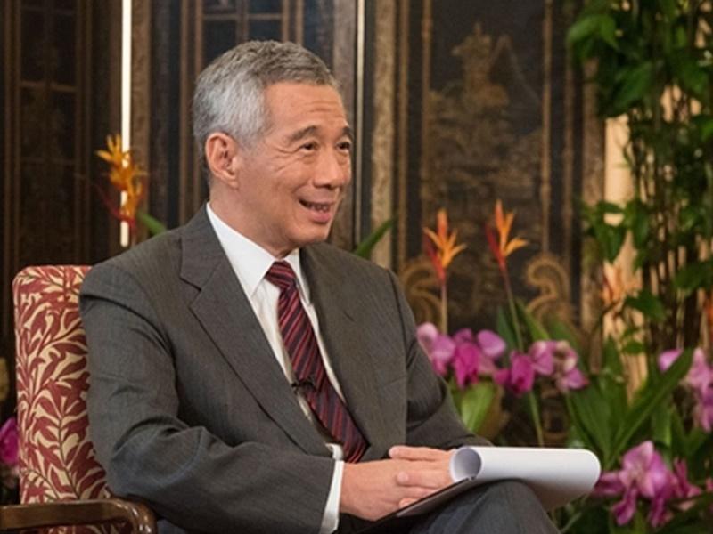 李顯龍批評香港示威者想推翻政府。