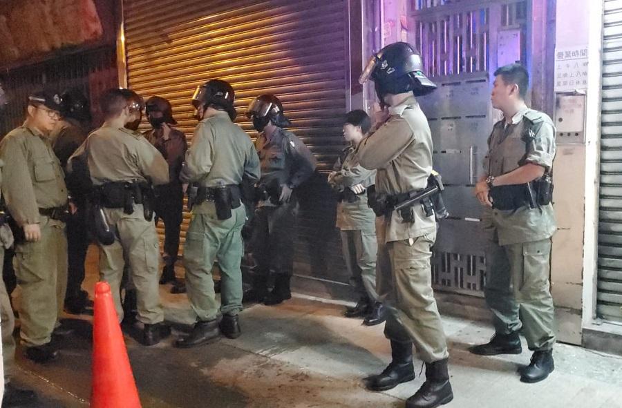 警方檢獲大批懷疑爆炸品。資料圖片