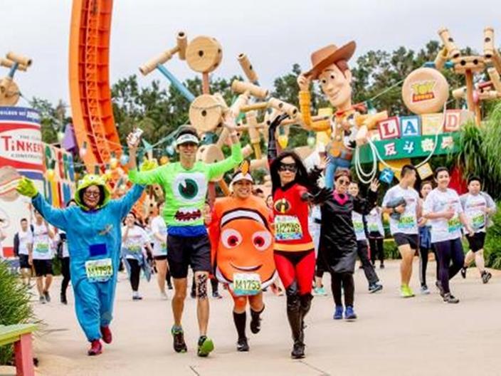 「香港迪士尼樂園 10K Weekend 2019」將於11月2日至3日舉行。樂園圖片