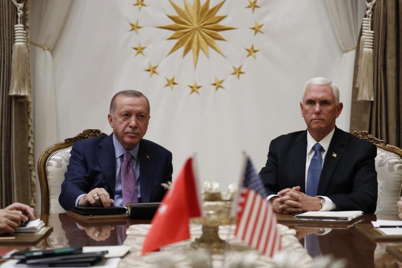 率團到訪安卡拉的美國副總統彭斯,與土耳其總統埃爾多安達成停火協議。AP