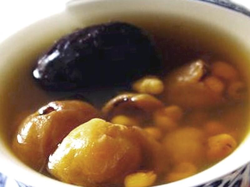 靈芝圓肉瘦肉湯。網上圖片