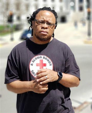 該名非裔學校保安員安德森(Marlon Anderson)。 網圖