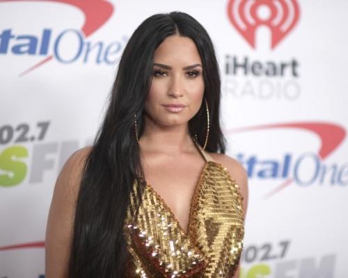 疑社交網被黑客入侵 Demi Lovato裸照網上流傳