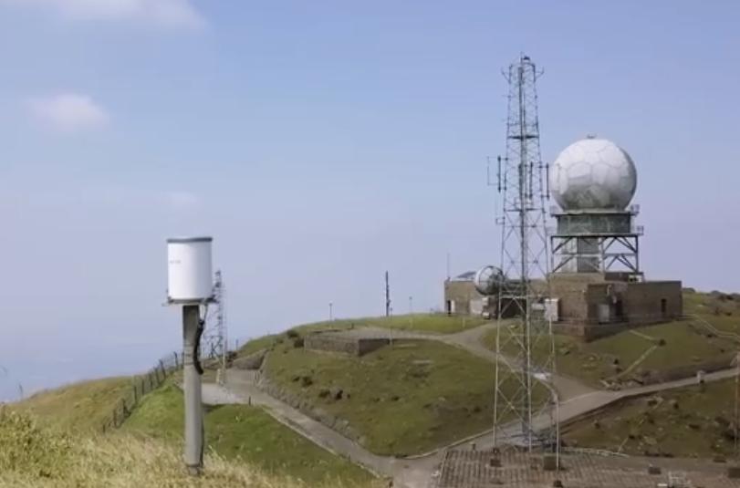天文台在新一集《氣象冷知識》介紹大帽山氣象站的儀器。