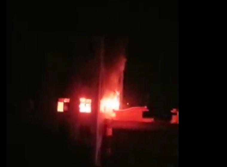 火警發生在凌晨約2時半。網圖