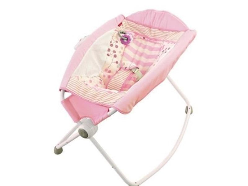 美國阿肯色大學新研究:Fisher-Price 遙遙椅或致嬰兒死亡。網圖