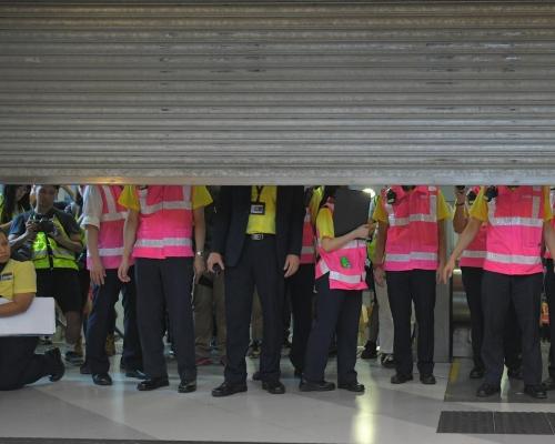 港鐵元朗站明午兩時臨時關閉。資料圖片