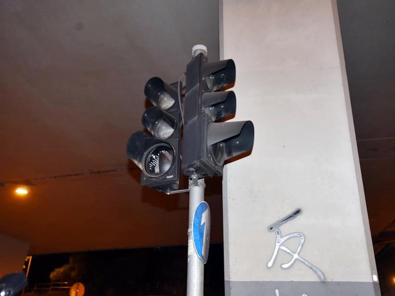 再有100組交通燈受破壞或干擾,當中93組尚待恢復運作。