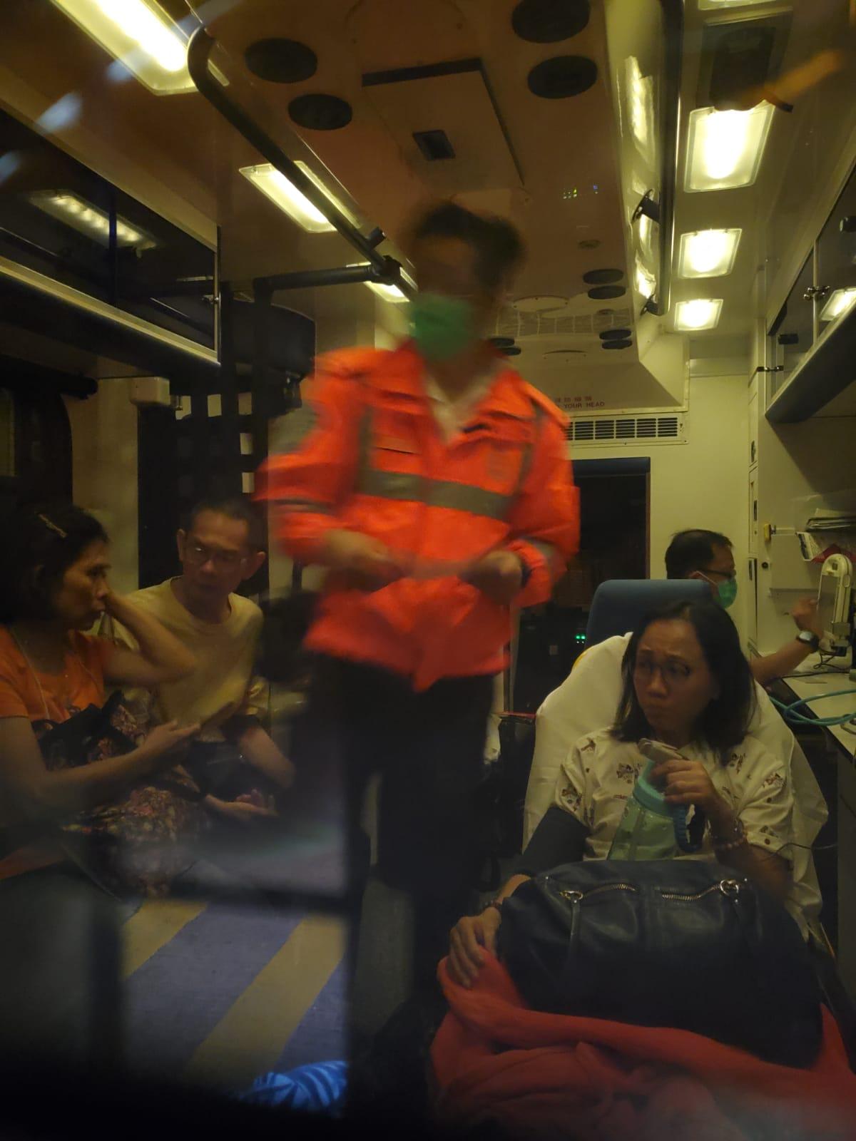 傷者清醒被送往伊利沙伯醫院治理。