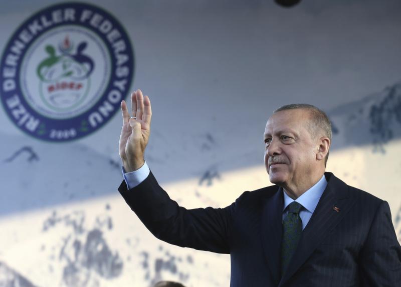 土耳其總統埃爾多安警告,如果敘利亞民主軍不在限期前撤走武裝部隊,土耳其將會恢復進攻。AP