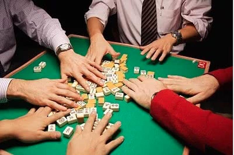 當地警方修改內容後重發,指「主要針對賭博犯罪,並非全部取締麻將館」。