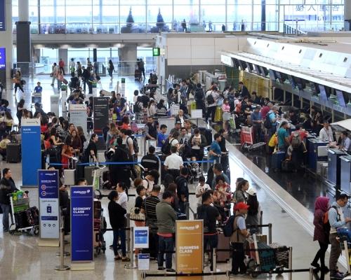 傳資助港人買機票補貼旅客住宿 邱騰華:仍然與旅遊業界商討