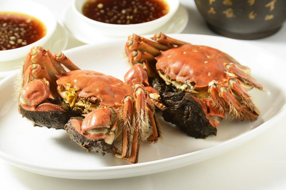 不少市民都會食大閘蟹。資料圖片