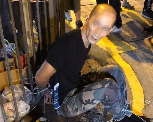 【修例風波】「小米旗艦店」遭破壞 運輸工趁火打劫偷手機囚三個月