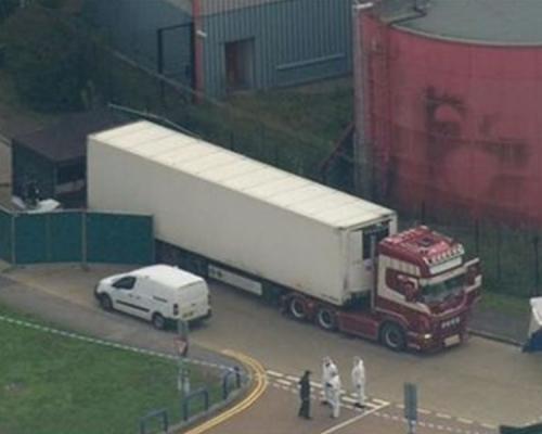 英貨車裝39具屍體 司機涉謀殺被捕