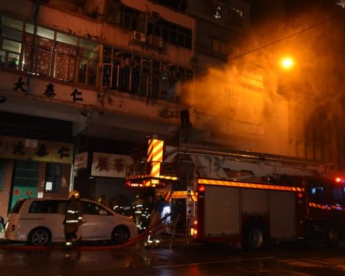 旺角劏房遭縱火 58歲男住客腳部燒傷送院