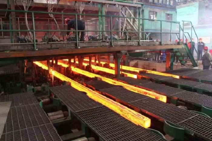 涉及鋼鐵廠。網上圖片