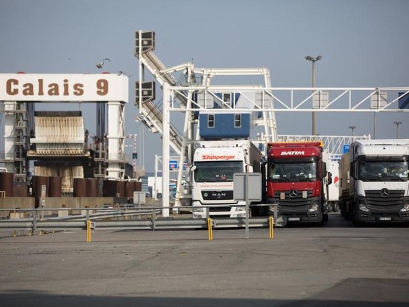 法国北部加来(Calais)港口。网图