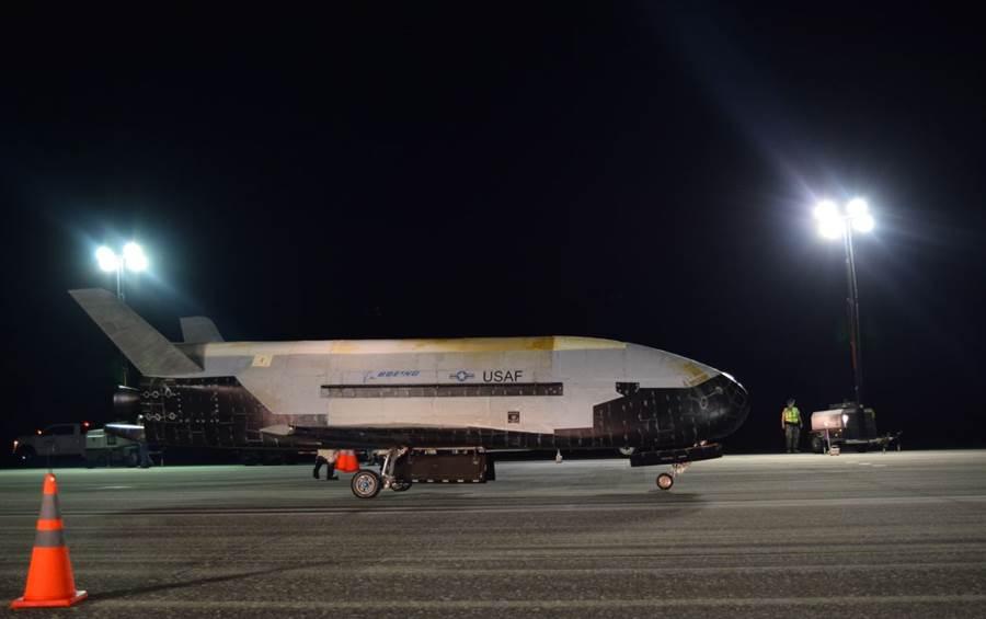 无人太空飞机X-37B。NASA图